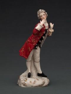 Estatuilla de porcelana